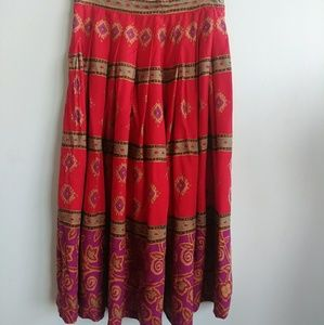Red patterned full vintage liz Claiborne skirt 14